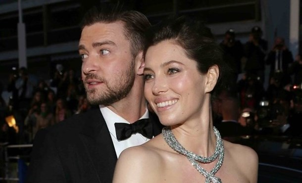 timberlake single parent personals In august 2002, timberlake performed at the 2002 mtv video music awards, where he premiered his debut solo single like i love you it peaked at number 11 on the billboard hot 100 and number two on the uk singles chart.