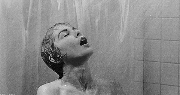 Banyo Yapmakla Duş Almak Arasındaki Sabun Kokulu Farklar