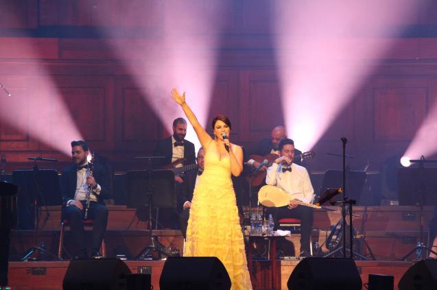 Zara'dan Amsterdam'da Tarihi Konser!