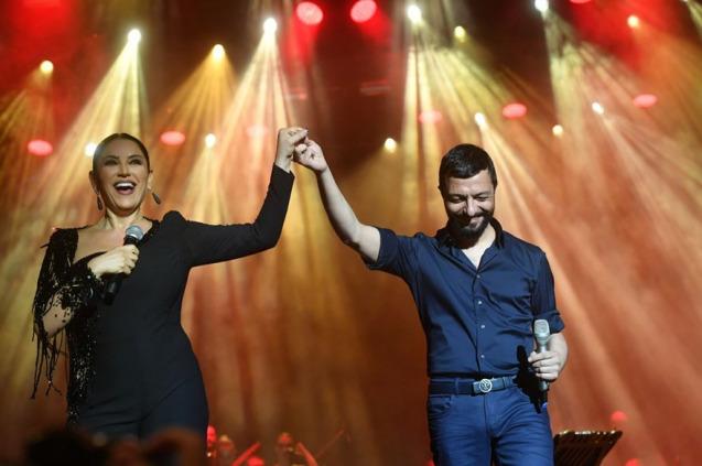 Harbiye'de Aşkın Nur Yengi ve Mehmet Erdem Rüzgarı