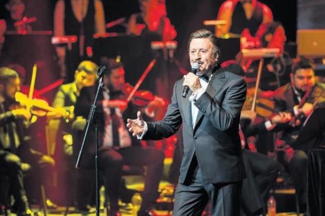 Selami Şahin'den 50. Sanat Yılı Konseri Albümü