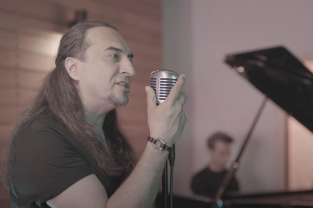 Ogün Sanlısoy'dan Yeni Klip: ''Geri Dönemem''