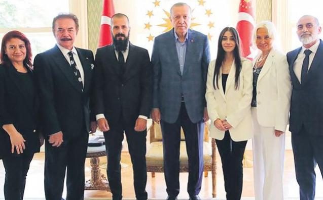 Gencebay Ailesinden Cumhurbaşkanı Erdoğan'a  Anlamlı Ziyaret
