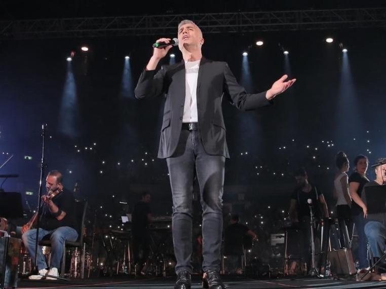 Özcan Deniz Kıbrıs'ta Konser Verdi