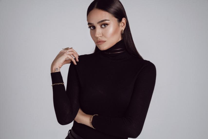 Elif Buse Doğan'dan Yeni Single!
