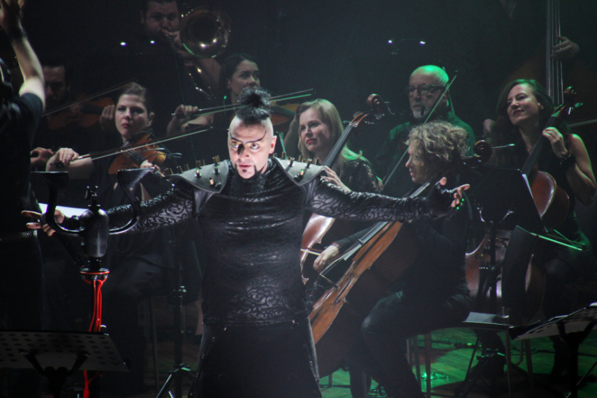 An Epic Symphony & Hayko Cepkin Konseri Yayında!