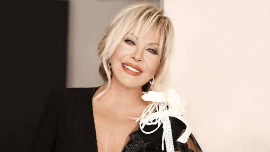 Emel Sayın'dan Tribute Albüm Müjdesi